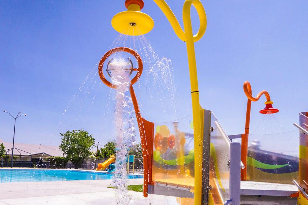 Traner Pool Water Feature